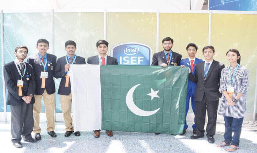 Pakistani students at their innovative best - Pakistan Shining