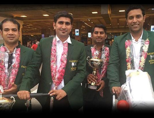Victorious Pakistan snooker team members return home