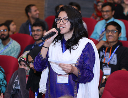 More than 400 students packed the Karachi Institute of Business auditorium today to interact with World Bank President Jim Yong Kim