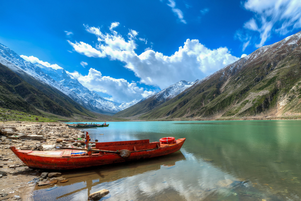 Photo: Saif ul Malook Lake, Photography: Mazhar Nazir/Bloomberg