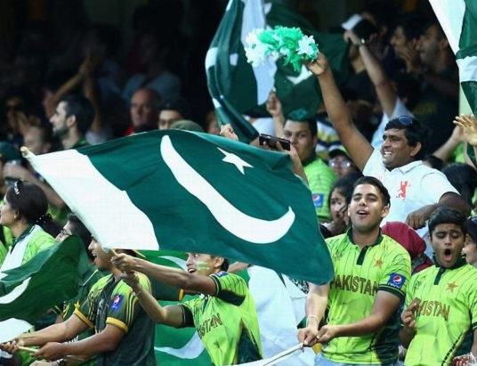 Pakistan grab top spot in ICC T20 rankings